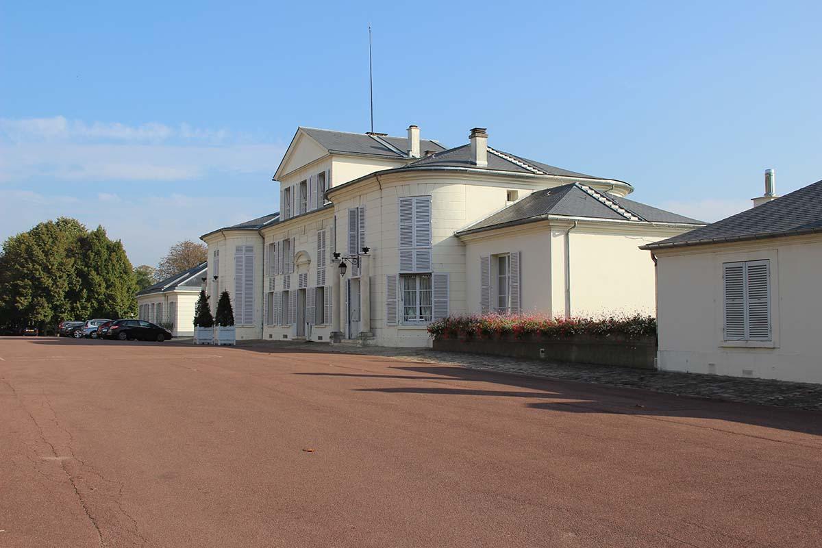pavillon de breteuil